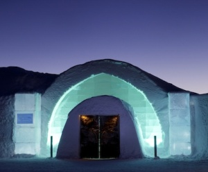 Honeymoons at ICEHOTEL – ICEHOTEL Honeymoons